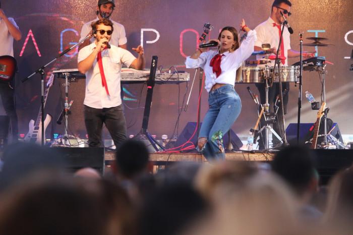 Agapornis cerró la Semana Joven con un recital gratuito y al aire libre