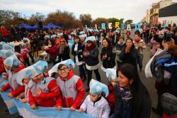 Cerca de 100 institucones participaron del desfile cívico institucional