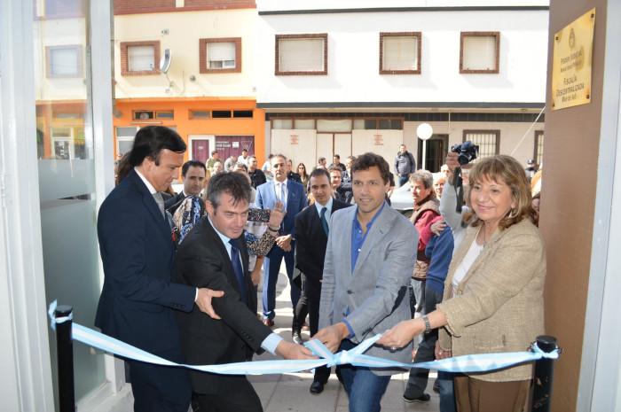 El acto fue encabezado por el intendente De Jesús y la Procuradora General de la Suprema Corte de la provincia de Buenos Aires, María del Carmen Falbo