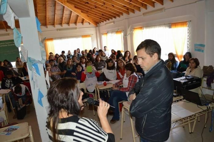 El encuentro tuvo lugar en el Instituto Superior de Formación Docente Nº186, en Santa Teresita