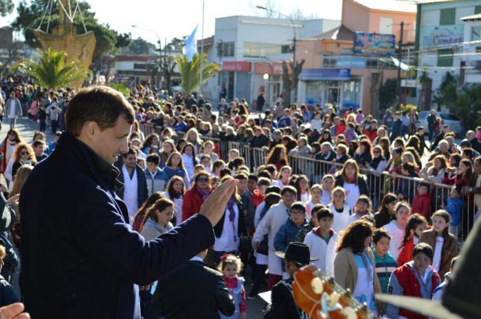 El intendente De Jesús encabezó el homenaje a San Martín en Mar de Ajó
