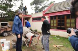 El intendente De Jesús recorrió la obra de techado del Jardín 908 de San Bernardo