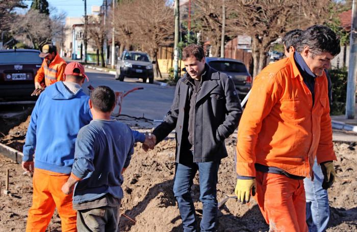 El intendente De Jesús supervisó la obra de asfaltado en San Clemente