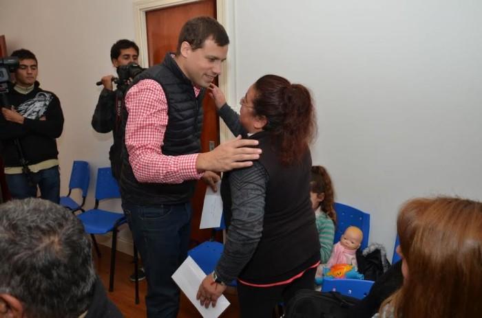 El intendente Juan Pablo de Jes´sus entregó pensiones sociales