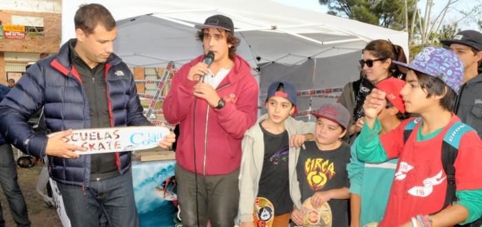 El intendente Juan Pablo de Jesús acompañó a los deportistas en el torneo de Mar del Tuyú