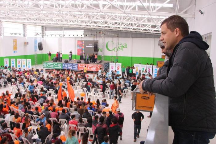 El intendente Juan Pablo de Jesús acompañó a los estudiantes en La Final