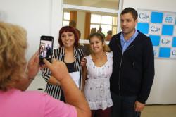 El intendente Juan Pablo de Jesús entregó becas en el Palacio Municipal