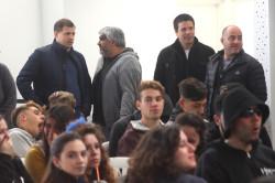 El intendente Juan Pablo de Jesús junto a funcionarios compartiendo la jornada con los estudiantes