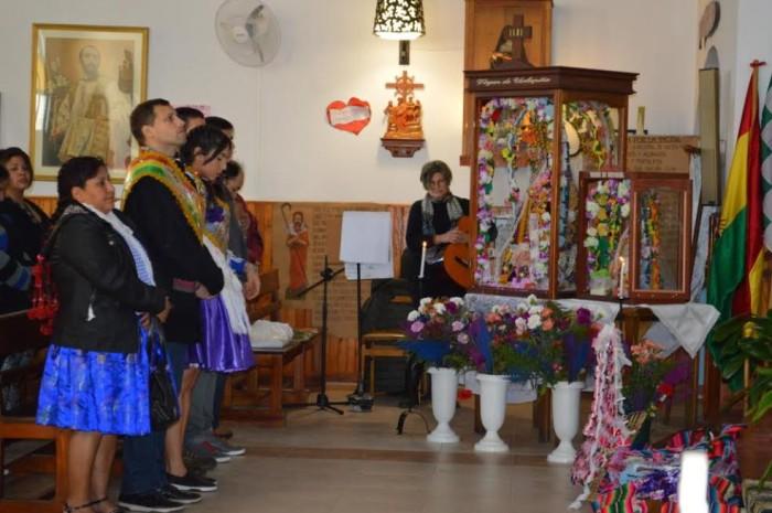 El intendente de La Costta acompañó a la comunidad boliviana en sus celebraciones