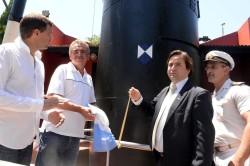 El intendente de la Municipalidad de La Costa, Juan Pablo de Jesús, junto al ministro de Defensa de la Nación, Agustín Rossi