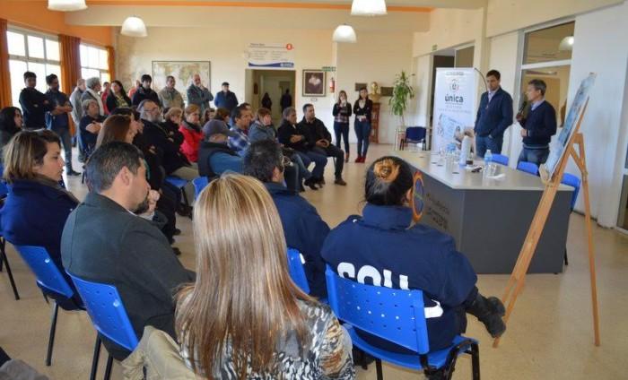 El intendente del Partido de La Costa, Juan Pablo de Jesús, encabezó un nuevo acto de entrega de la Tarjeta Única Municipal.