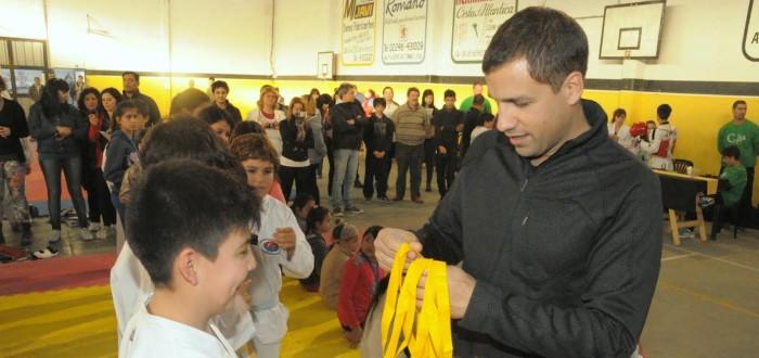 El intendente estuvo en el Encuentro de Taekwondo que se hizo en Las Toninas