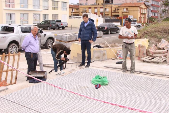 El intendente recorrió las obras que la Municipalidad de La Costa ejecuta en las costaneras