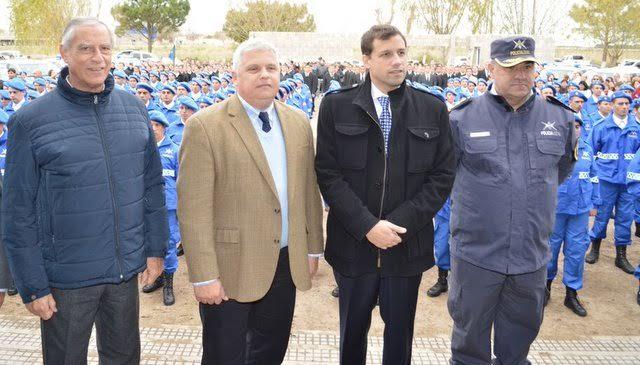 El viceministro de Seguridad Bonaerense, Fernando Jantus, acompañó a Juan Pablo de Jesús en el egreso de 200 efectivos de la Policía Local