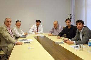 El intendente del Partido de La Costa, Juan Pablo de Jesús, rubricó un convenio con el Director Ejecutivo de Anses, Diego Bossio