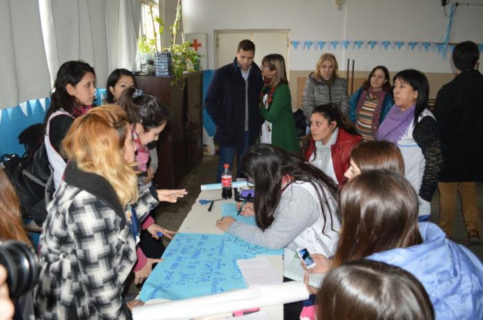 En Las Toninas se hizo una entrega de aportes a instituciones educativas