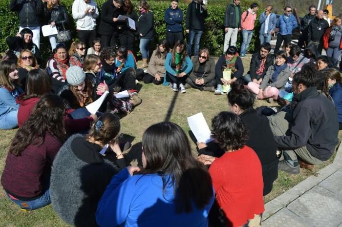 Estudiantes del ISFD de Santa Teresita realizaron una jornada de reflexión sobre la Noche de Los Lápices