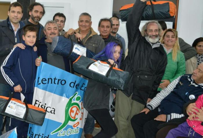 Instituciones de Zona Norte recibieron ayuda de la Municipalidad y los Vendedores Ambulantes