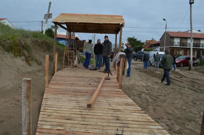 Juan Pablo de Jesús recorrió obras de la costanera de Las Toninas