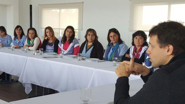 Juan Pablo de Jesús se reunió con docentes y directivos de instituciones educativas de todo el distrito costero