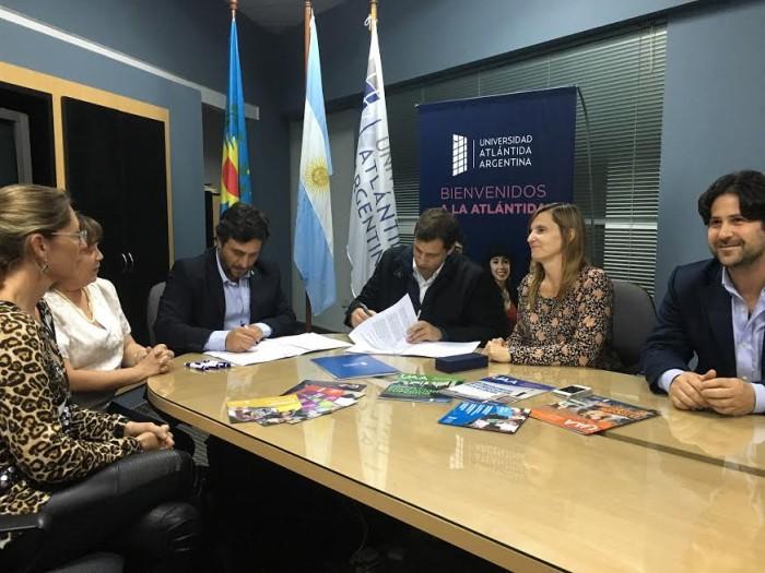 La Municipalidad de La Costa renovó el convenio con la UAA