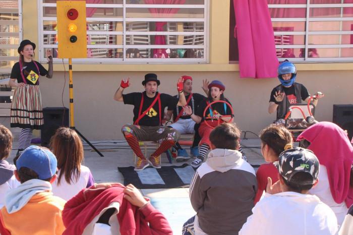 La apertura de la sala fue acompañada con un show del equipo de Inclusión Juvenil