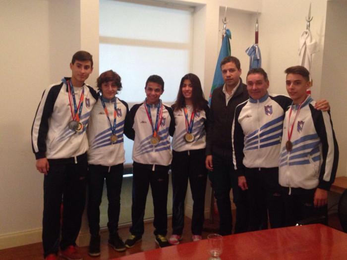 Los deportistas de La Costa son Carla Godoy, Gianela Evolo, Joaquín Sack, Ignacio Godoy y Federico Valle.