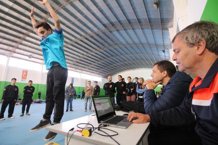 Más de 100 jóvenes hicieron las pruebas físicas en el CEMARD