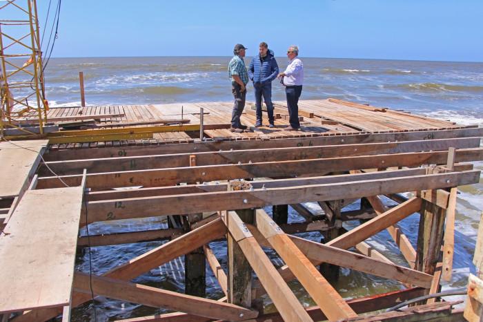 Remodelación del muelles de La Lucila del Mar