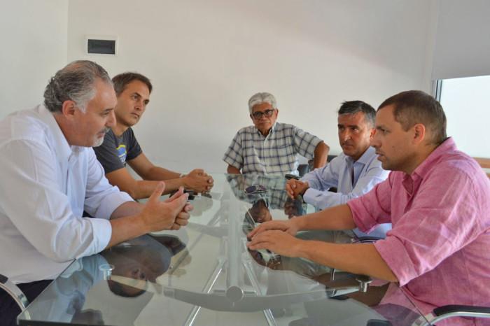 Reunión entre De Jesús y el rector de la UNMDP Alfredo Lazzeretti
