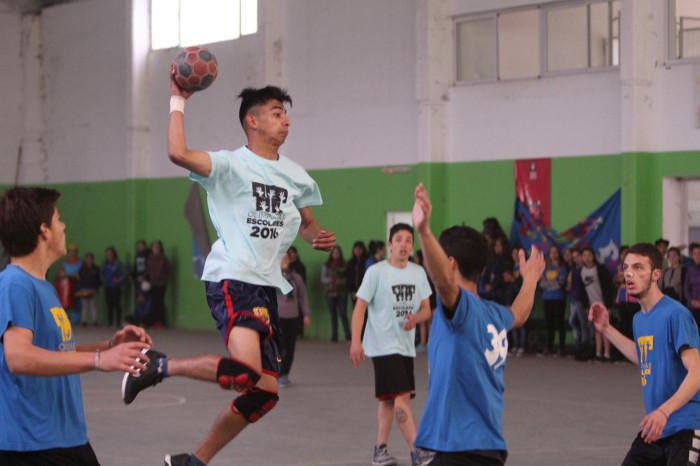 Se jugaron las finales del Handball de Olimpíadas